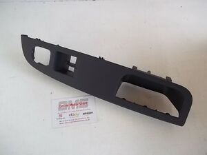VW GOLF MK5 / JETTA - INTERIOR DOOR PULL HANDLE - 3 DOOR - GENUINE VW PART -NEW