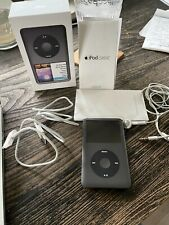 Apple Classic 7th Generation Black 160GB works earplugs/booklets/box ipod