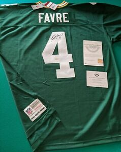 Brett Favre - Autographed Mitchell & Ness Packers Jersey Upper Deck UDA Auto