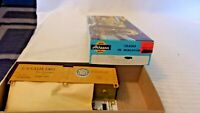 HO Scale Athearn 40' Refrigerated Box Car, Canada Dry, Yellow #9105, Kit