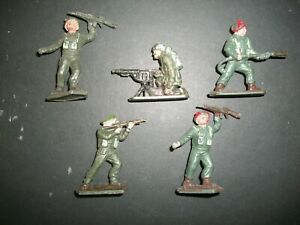 FIVE 54MM PLASTIC WW2 FIGURES BY LONE STAR
