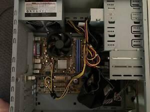 AMD Athlon XP 3000+  Retro PC - Vintage Beige Case - Good Working Order