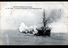 BATEAU DE GUERRE / CUIRASSE d'ESCADRE aux manoeuvres de tirs en 1906