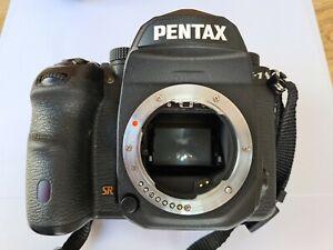 PENTAX K-1 K1 Full Frame DSLR  Camera Body Black (2 X Batteries)