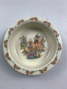Royal Doulton Bunnykins Bowl - Portrait Painter - © 1936 - Made in England