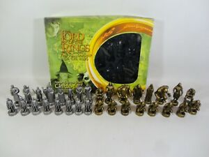 The Lord Of The Rings Fellowship of The Ring Pewter & Bronze Effect Chess Set