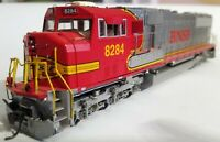 Athearn G6147 HO Scale BNSF SD751 Powered Diesel Locomotive #8284. Track Tested