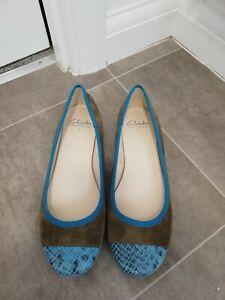 Ladies Clarks Flat Shoes New Unworn UK Size 7