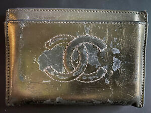 Authentic CHANEL Logos CC Logo Card Case Patent Leather Pewter Metallic