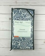 Truly Soft Pillowcases Pillow Cases Set of 2 Standard Ivory Blue Flowers