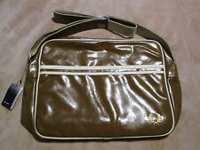 BNWT FRED PERRY CLASSIC RETRO BAG AIRLINE STYLE MESSENGER IN BROWN WITH LOGO NEW