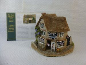 Lilliput Lane Cottages 'Cat's Whiskers' Number L2275 from 1999 with Deeds