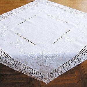 Tischläufer Mitteldecke mit Häkelspitze und Stickerei weiß Landhaus