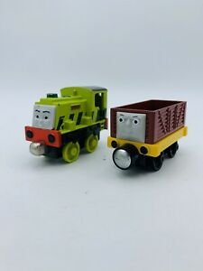 Thomas & Friends Troublesome Truck Scruff Take N Play Die Cast Train Magnetic
