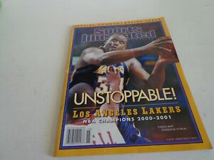 sports illustrated magazine with shaquille o'neal, 2001