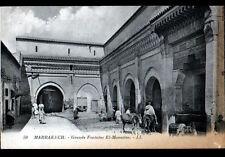 MARRAKECH (MAROC) ANE chargé à la FONTAINE EL-MOUASINE animée début 1900