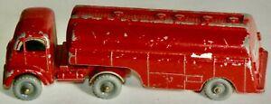 VINTAGE MATCHBOX #M-8 MOBILGAS THORNYCROFT TRACTOR & 2400 GALLON TRAILER TANKER