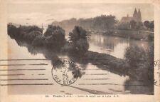 TOURS - lever de soleil sur la Loire