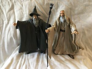 2 X Lord Of The Rings Figures Bundle- Gandalf The Grey & Saruman 2001 Marvel Ent