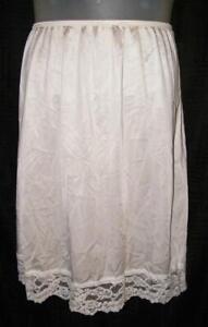 Ivory White Large 12 / 14 Elastic Waist Nylon Half Slip VASSARETTE