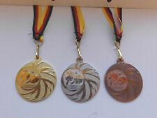 Tischtennis Kinder Medaillen 3er Set mit Band&Emblem Pokal Turnier Pokale (e108)