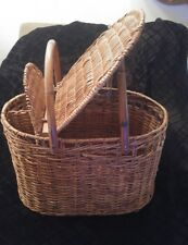 Vintage Wicker Picnic Basket 2 Wine Bottles Drink Carrier Serving Top Large Wood