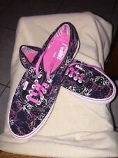 VANS OFF THE WALL HELLO KITTY CANVAS SNEAKERS men10 women SIZE 11.5 Brand New