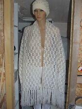 Superbe grande écharpe étole tricoté main avec PHILDAR laine ecru comme neuf fcc08e2ba0d