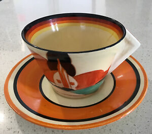 """Clarice Cliff Conical Tea Cup And Saucer """"Fantasque"""", 1930s England"""