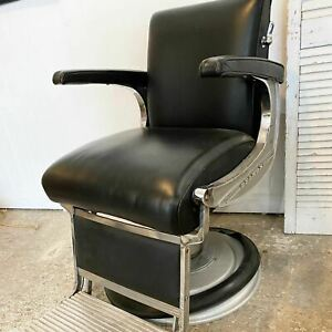 Vintage Belmont barbers chair black and silver