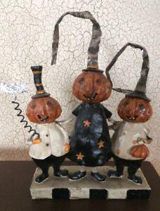 NWT Halloween Jack-O-Lantern Pumpkin Family Trio Primitive Figurine Holding Bat