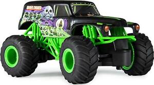 Monster Jam 1:24 Scale RC Grave Digger Remote Control Truck 2.4 GHz Vehicle