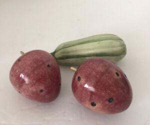 Faux Fruit 2 Stone Strawberries 1 Zucchini Ceramic Mix Lot Of 3 EUC