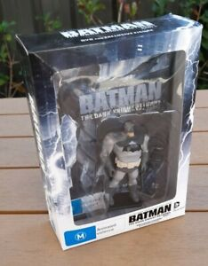Batman: The Dark Knight Returns, Part 1 (DVD with exclusive figure) Animated.