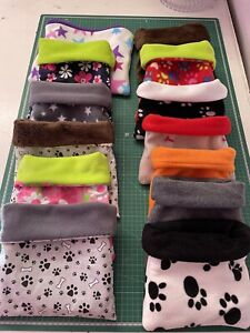 PET FLEECE SNUGGLE POUCH /SACK FOR SMALL PETS / GUINEA PIG / HAMSTER / RABBITS
