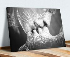 LOVERS KISS CANVAS WALL ART ARTWORK 30MM DEEP FRAMED PRINT BLACK AND WHITE