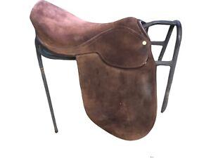 """Suede Show Saddle 17.1/2"""", brown suede.  Ref(41B)"""