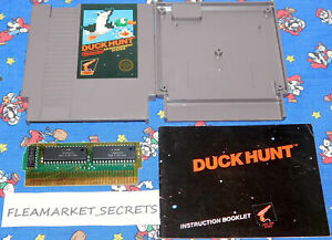 Duck Hunt Nintendo NES 1985 5 Screw With Original Manual Book Cleaned Tested