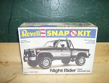 Vintage REVELL NIGHT RIDER FORD 4X4 Pickup sealed kit 1981 6439