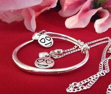 """SMILY LOVE CHARMS & Sterling silverchain 18"""" +925 Braccialetto & corrispondenza Ciondoli/in scatola."""
