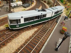 E10-13 - Tramway articulé quasi neuf - Mehano - Ecartement HO