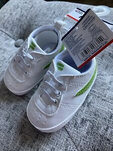 Fila Baby Shoes Size 6-9 Months Athletic Elastic Laces Green And White NEW