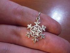 Vtg Sterling silver snow flake charm pendant 1.1 grams