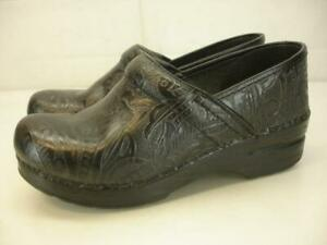 Womens 7.5 8 38 Dansko Professional Stapled Clog Black Tooled Leather Work Shoes