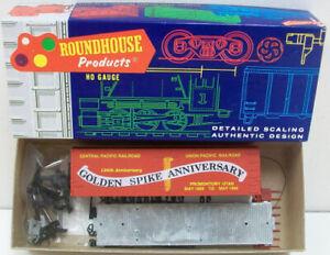 Roundhouse 7748 HO Golden Spine HO 36' Reefer Kit NIB