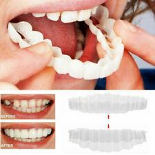 Sourire Dents Facettes Dentisterie Pâte Appuyez Couvre supérieure et inférieure