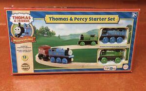 VTG 2010 Thomas & Percy Starter Set Wooden Railway Magnetic Train TOYS  R US