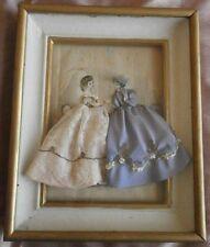 La mode illustrée gravure XIXème Cadre années 50 robe cousue broderie dentelle