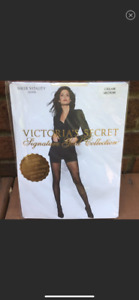Victoria's Secret Signature Gold Collection Pantyhose Ivory Stretch Sheer M New