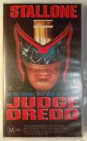 Judge Dredd VHS 1995 Sci-Fi Danny Cannon Stallone Roadshow Small Case Release